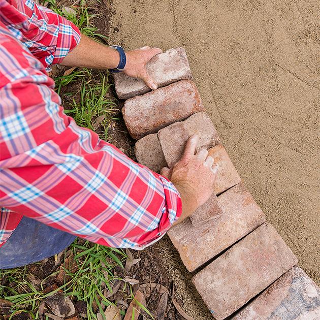 circular_paving_step_6_1a55qbn-1a55qcg