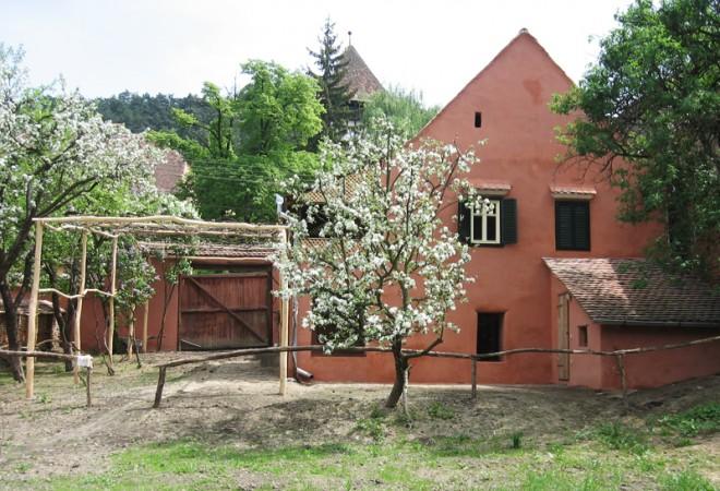 760796-copsamare-guesthouses-hotel-transylvania-romania